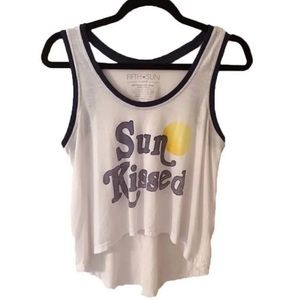"FIFTH SUN / ""Sun Kissed"" Graphic Tank Top"